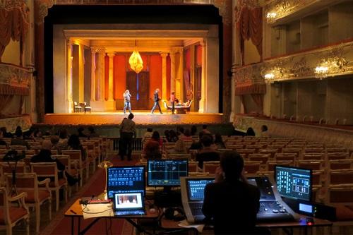 Cosi - St. Petersburg - Lichtgestaltung Heinz Kasper
